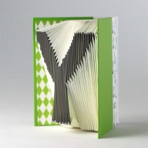 mr-sci-Folding-Book-English-alphabet-G-500