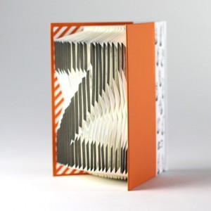 mr-sci-Folding-Book-English-alphabet-O-500