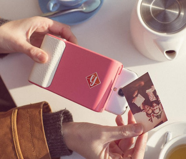 Prynt-turns-your-smartphone-into-a-Polaroid-camera-006