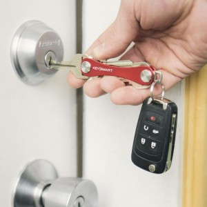 KeySmart Extended Red