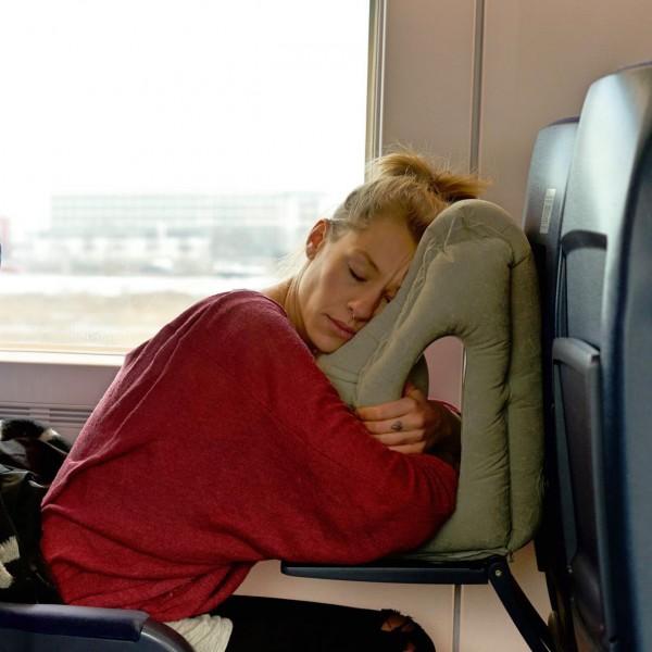 Pockindo多用途旅行枕頭-11
