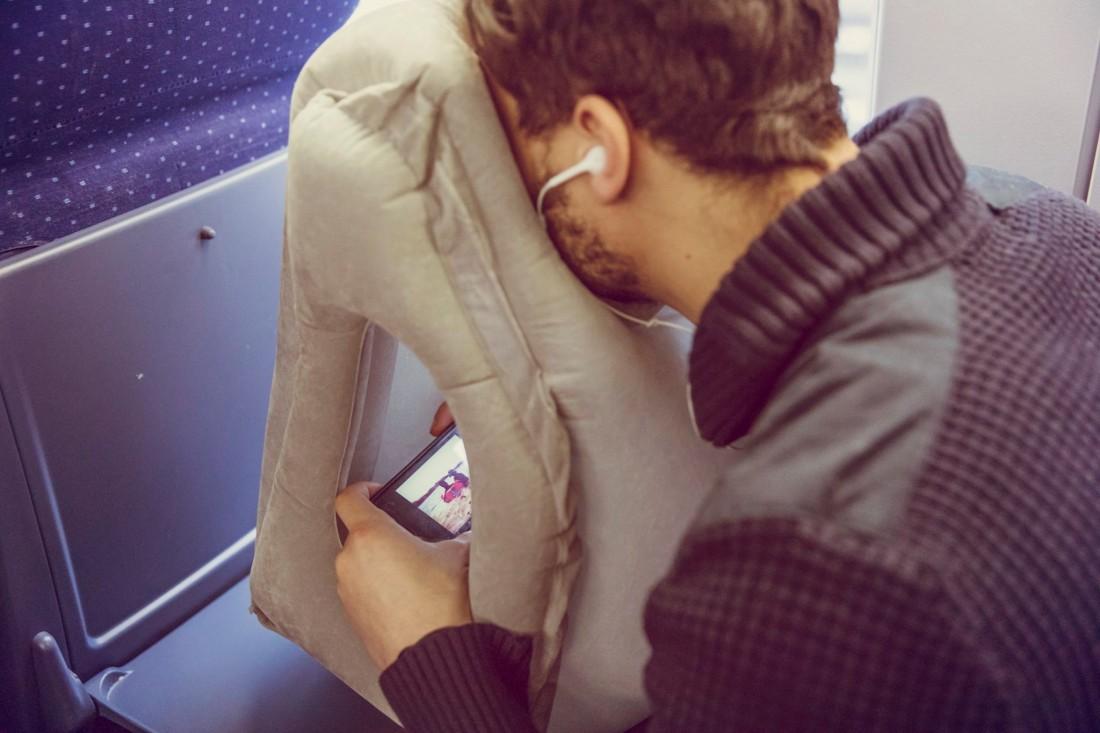 Pockindo多用途旅行枕頭-17