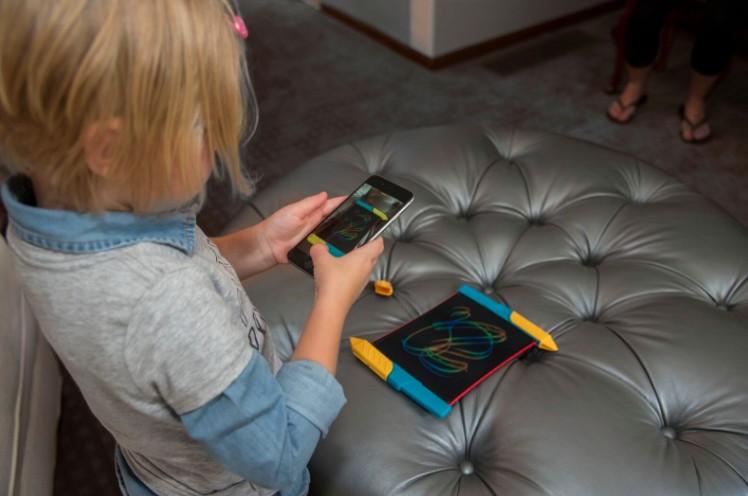 美國 Scibble n' Play 兒童彩色手寫塗鴉板11