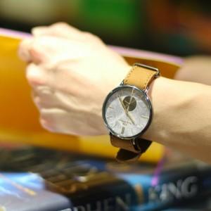 意大利 Harry Williams 雲石紋文青手錶 cover