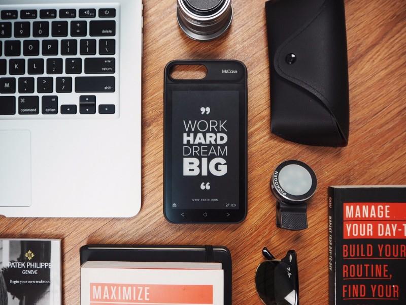 美國 Inkcase i7 Plus雙螢幕手機殼2