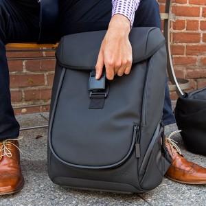 Zero-G Backpack 首款減重背包 cover