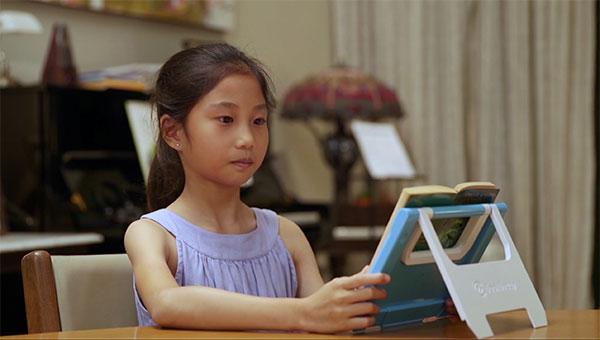 新加坡 BookBuddy 智能書架35