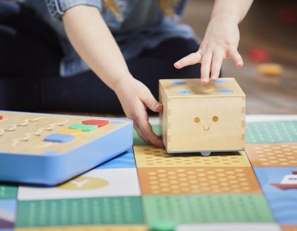 美國Cubetto學寫程式玩具機械人