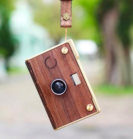 CROZ 數碼 LOMO 相機 coverr