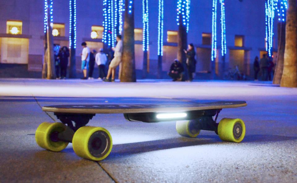 美國 Blink 遙控電動滑板3