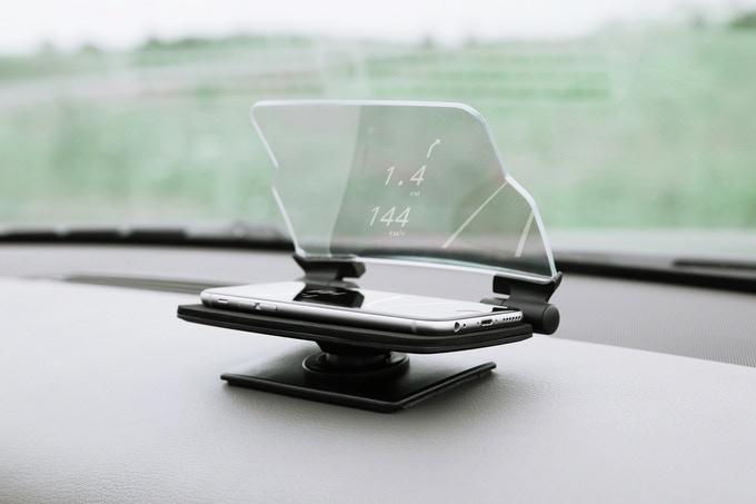 美國 Hudway Glass 駕車抬頭顯示器1