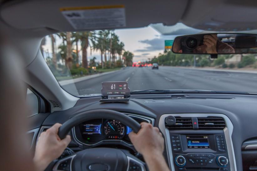 美國 Hudway Glass 駕車抬頭顯示器48