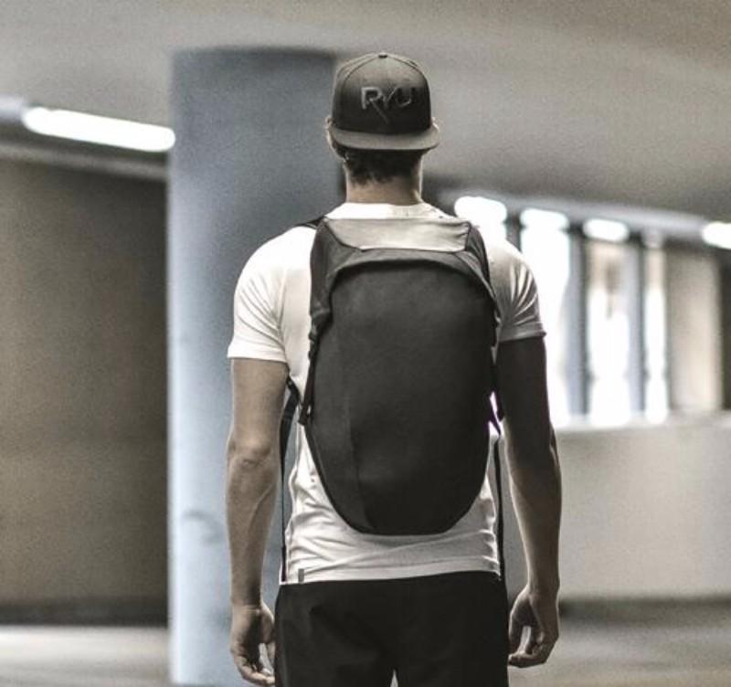7加拿大LOCKER PACK 極簡機能背包