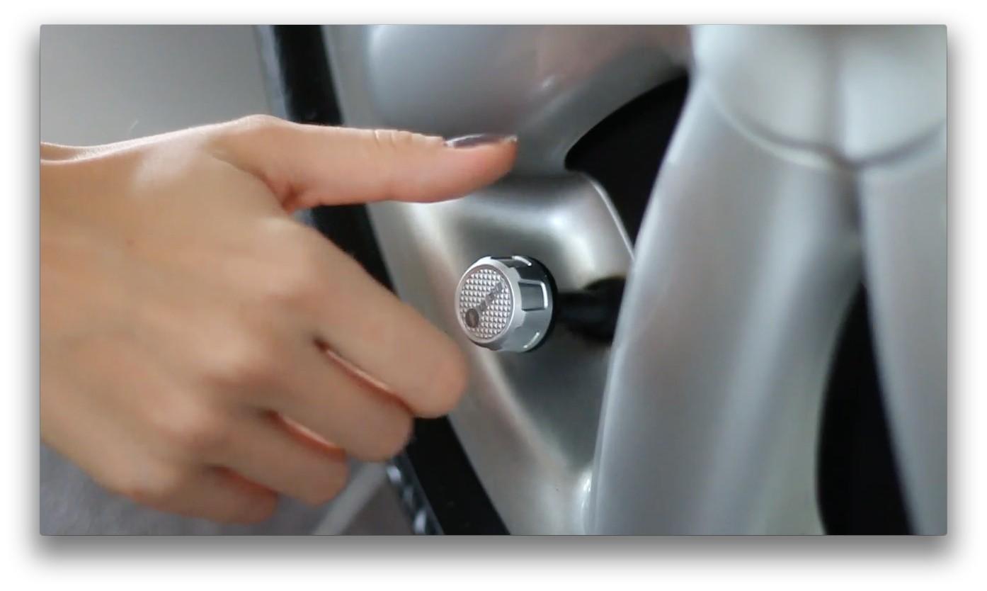 FOBO Tire 汽車專用 四輪胎壓偵測器 4