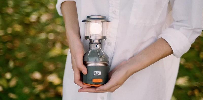 Lunar 多功能電子露營燈 1