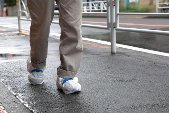 日本 RainSocks 雨天防滑鞋套_白色6