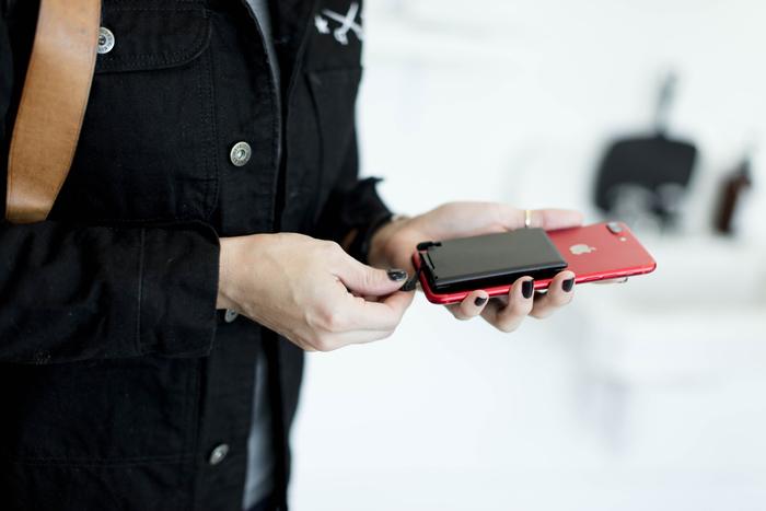 美國 JUICED 2.0 隱形 手機充電器47