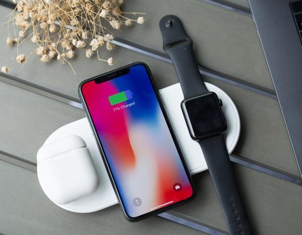 Plux 蘋果3合1 無線充電板5