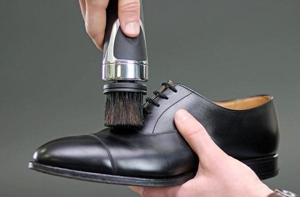 英國 EQUERRY 3合1 擦鞋神器32