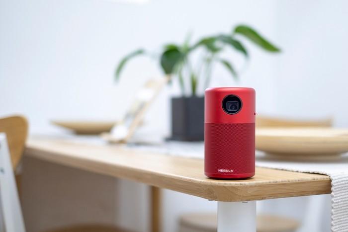 7美國NEBULA Capsule 可樂罐微型智能投影機