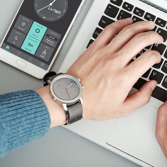 Lunar 首款 太陽能充電 智能手錶14