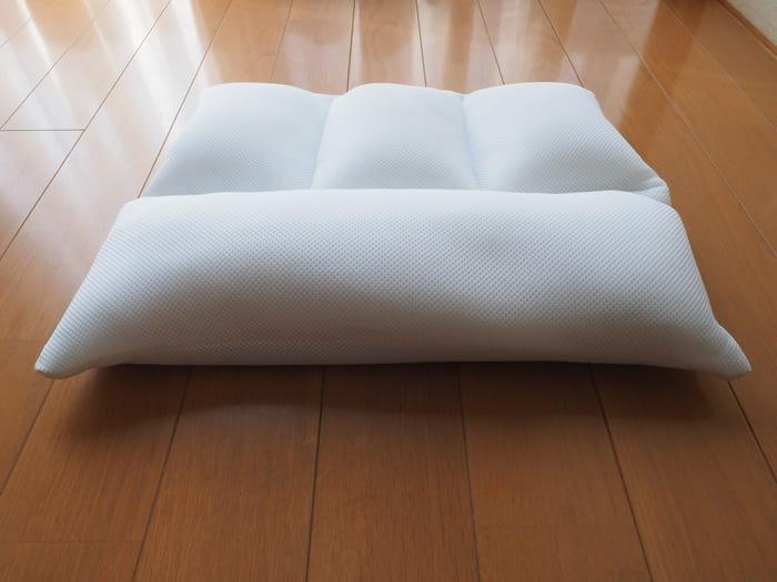 日本 TRIRIA 柔軟珪璪土 枕頭25