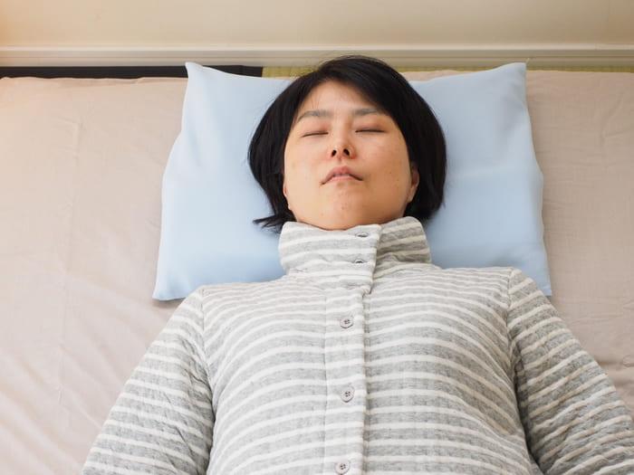 日本 TRIRIA 柔軟珪璪土 枕頭8