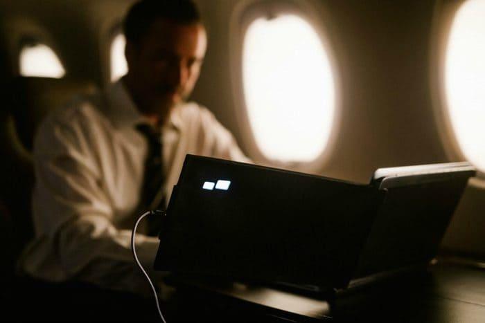 美國 DUEX 筆電 雙屏顯示器12