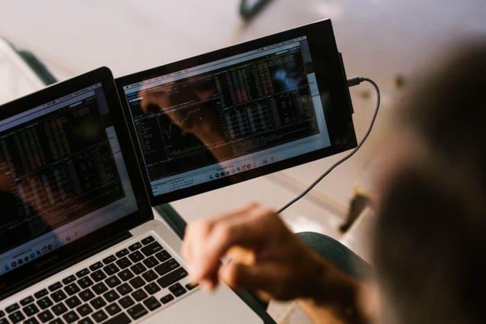 美國 DUEX 筆電 雙屏顯示器18