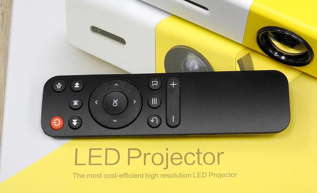 YG300手機大小投影機14