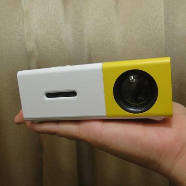 YG300 手機大小 投影機16 (1)