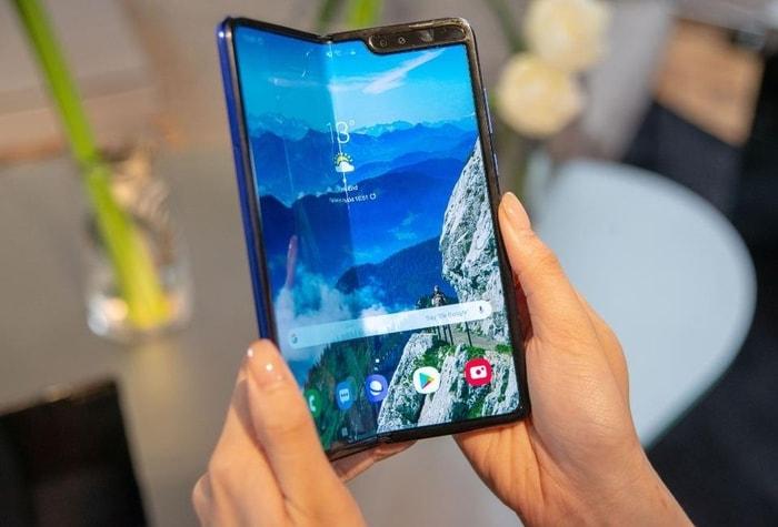 韓國 Galaxy Fold 摺疊式 智能手機13