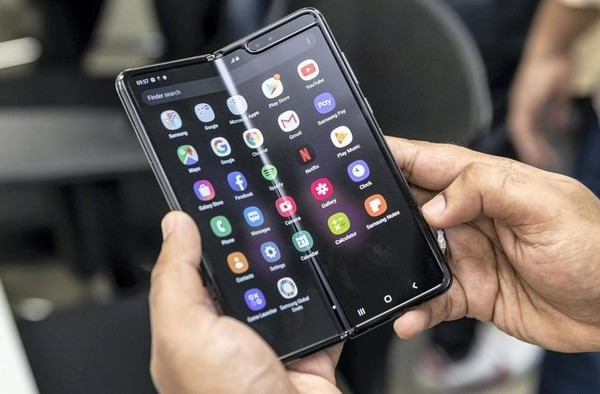 韓國 Galaxy Fold 摺疊式 智能手機17
