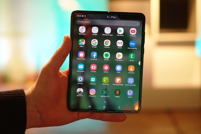韓國 Galaxy Fold 摺疊式 智能手機3