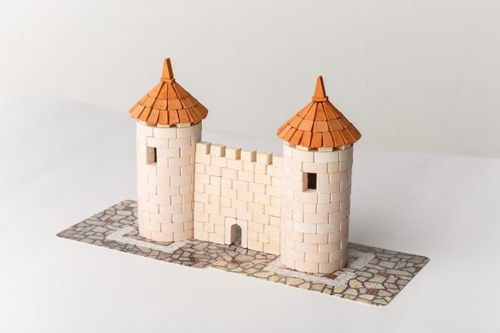 two_towers烏克蘭 Wise Elk 兒童 陶瓷磚套裝