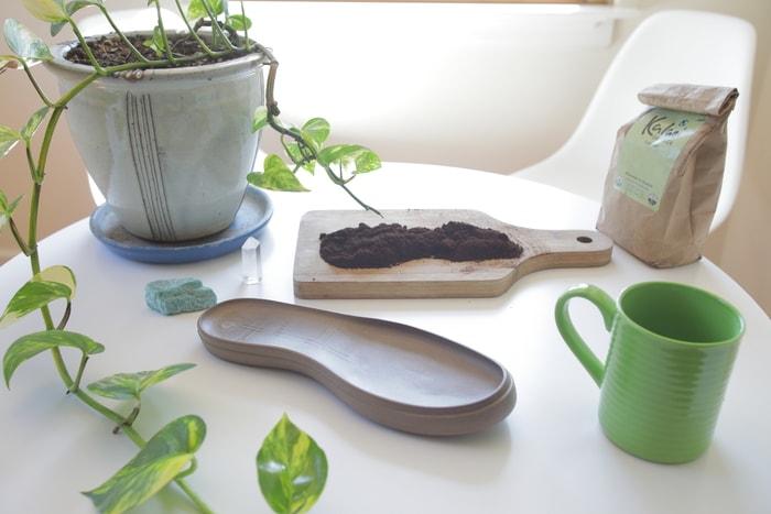 14XpreSole 首創咖啡 防水休閒鞋