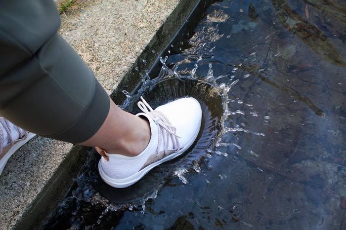 Vessi 全球首對 100% 防水針織 運動鞋2