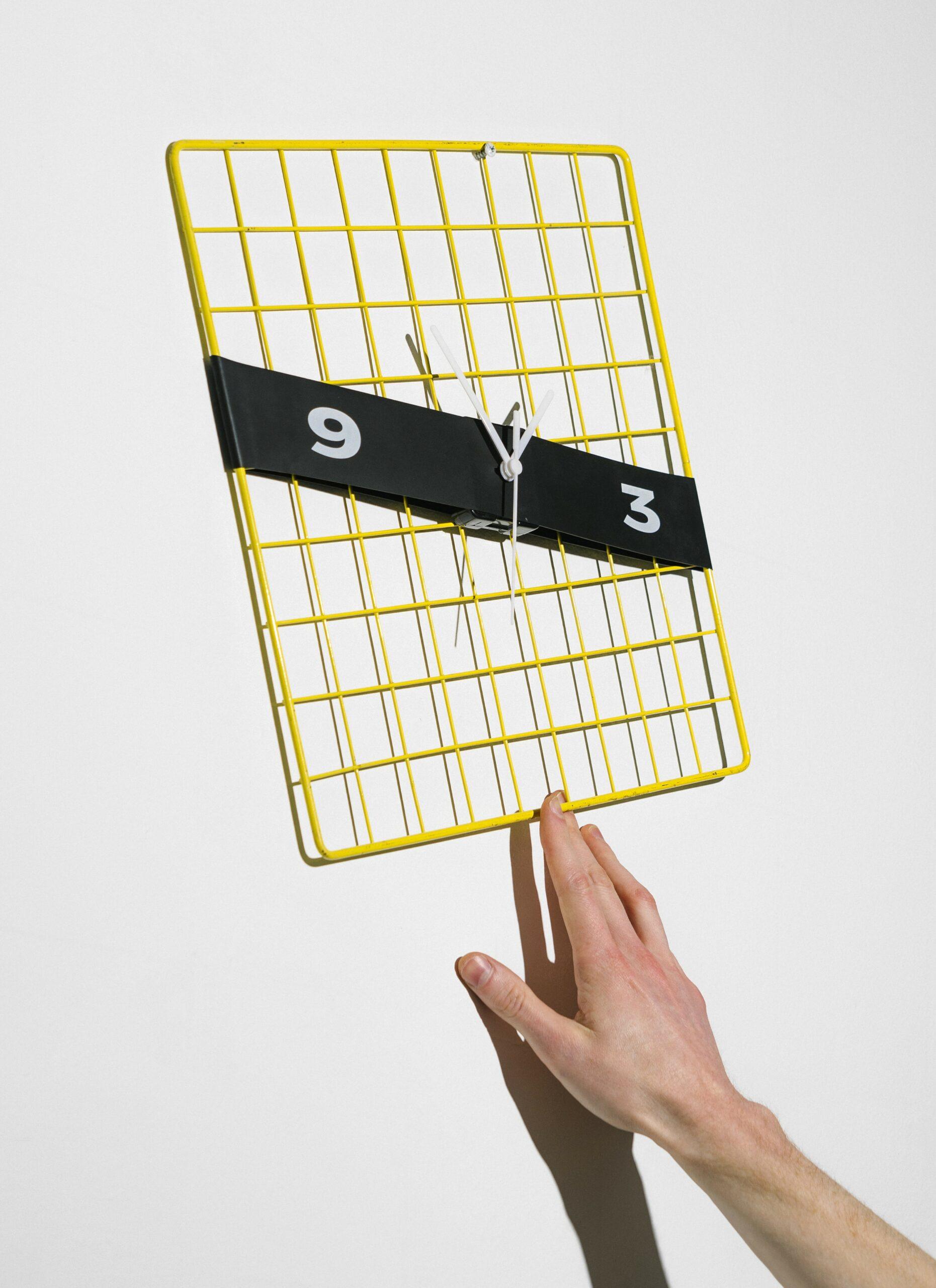 美國 Almost Object 彈力帶時鐘 Stretch Clock