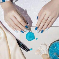 日本 URU 智能甲油膠調色筆 只需套裝內的5枝可混色甲油膠(可卸式甲油膠soak-off gel),再配合App使用,便能調出80種以上的甲色