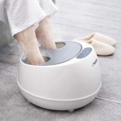 NAIPO的oFlexiSpa是世界上第一款蒸汽足部按摩器,它可以為你的足部帶來十分舒適的水療