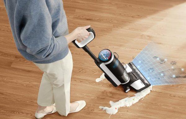 Floor One 乾濕兩用自動清洗拖地無線吸塵機,配有多種不同功能,拖地丶吸麈丶消毒丶除臭都得!